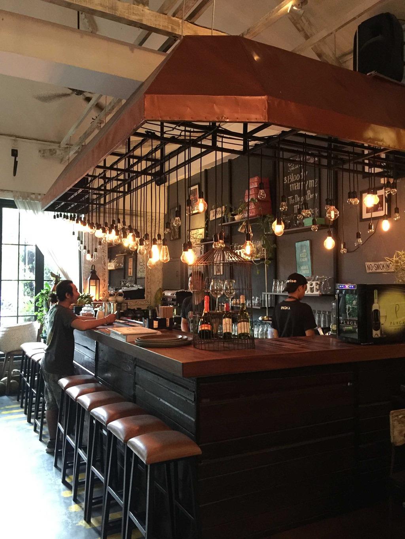 10 Ingka Restaurant (D E)