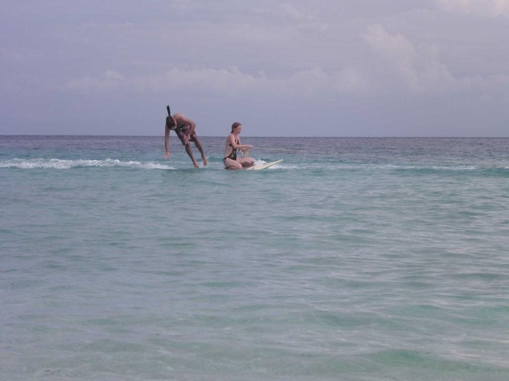 222 Schnorcheln und Surfen (D E)