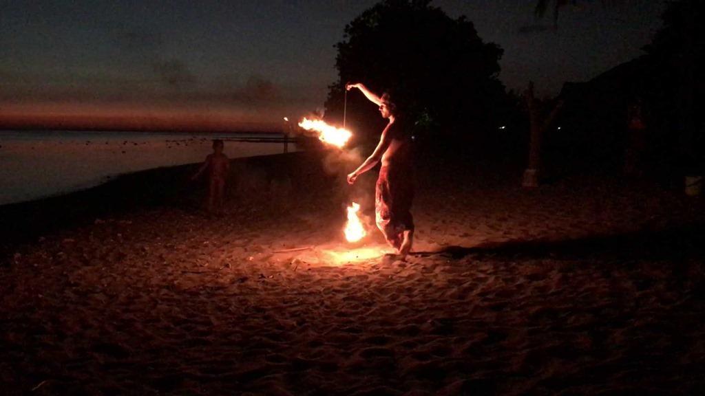 268 Feuernacht Poi