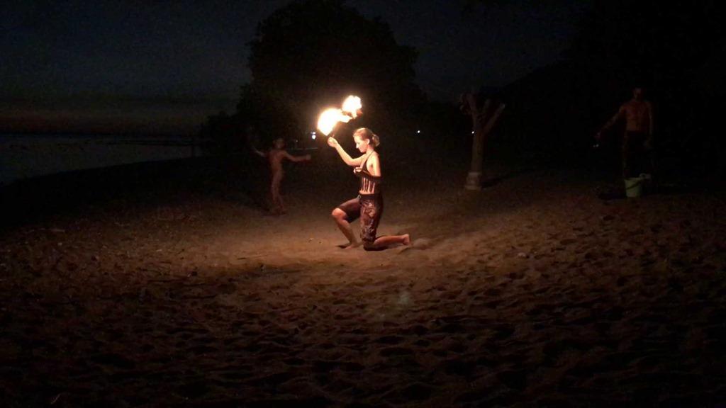 270 Feuernacht Poi