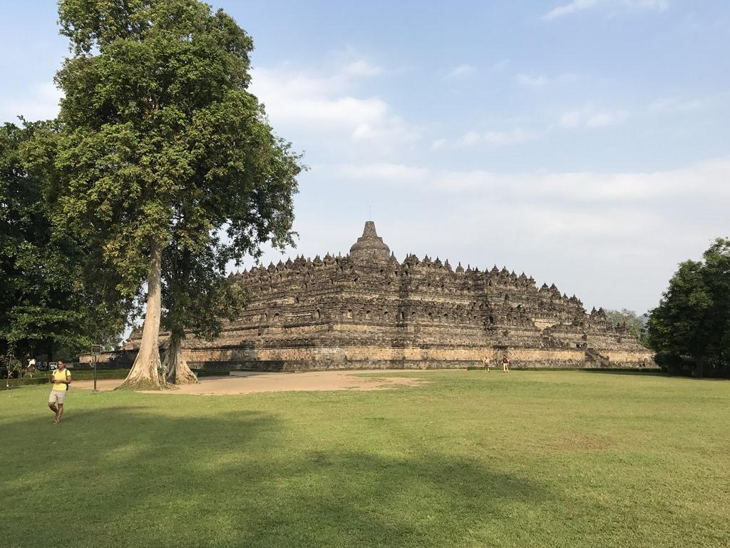 588 Borobudur Tempel (M)