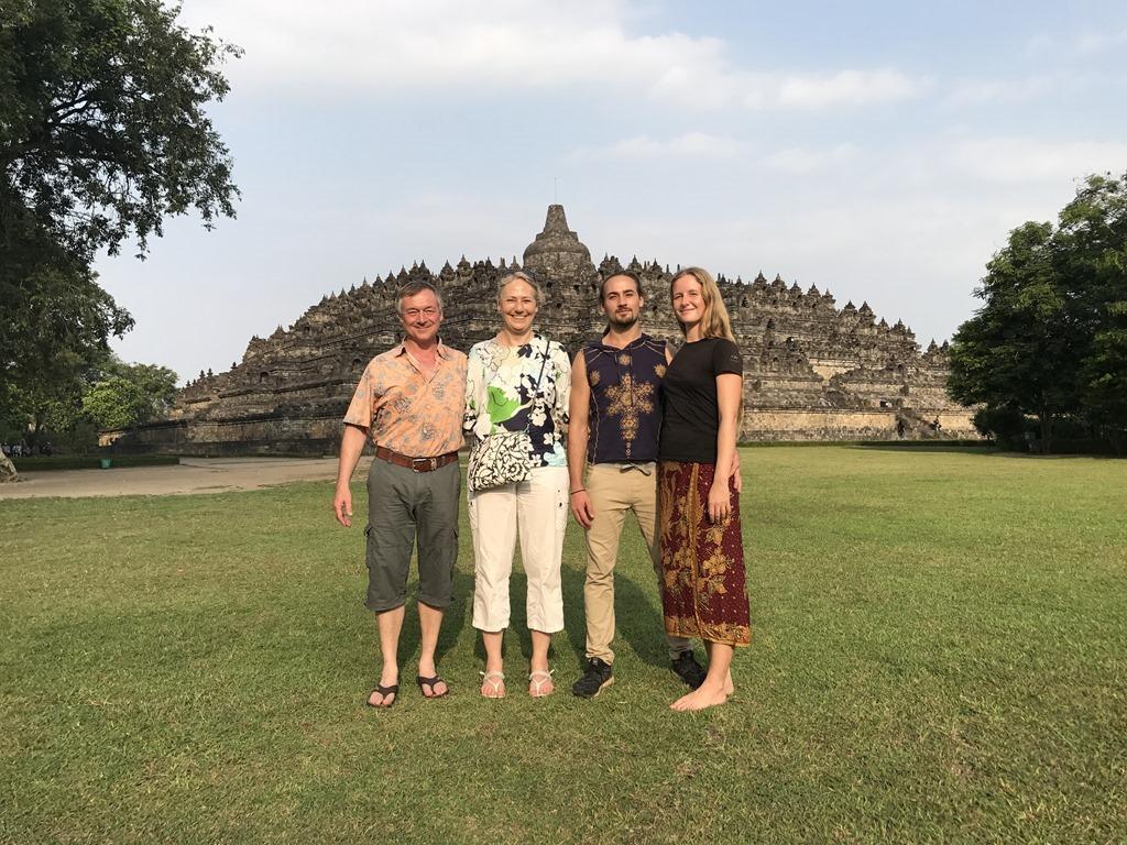 589 Borobudur Tempel (N)