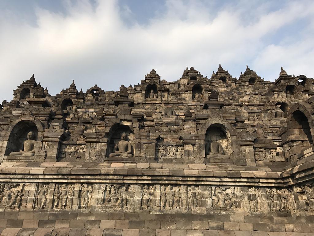 590 Borobudur Tempel (M)