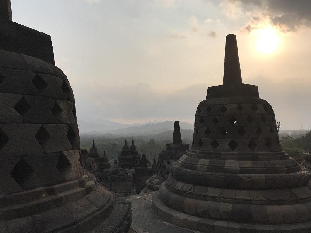 592a Borobudur Tempel (M)