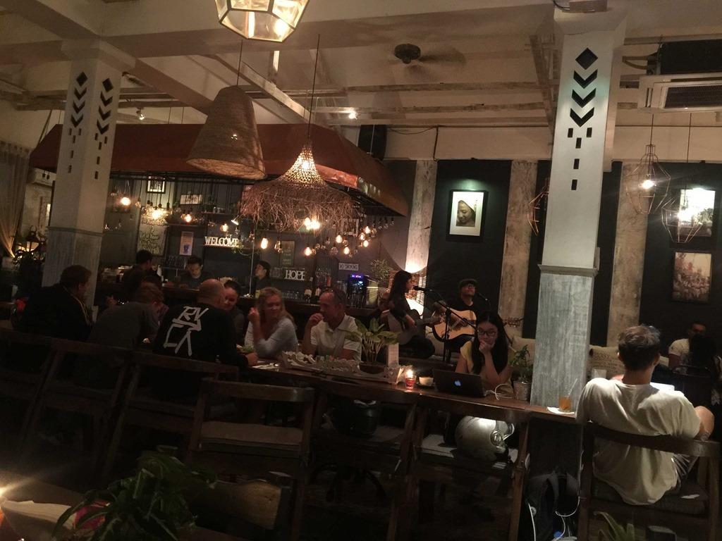 651 Ingka Restaurant (D E)
