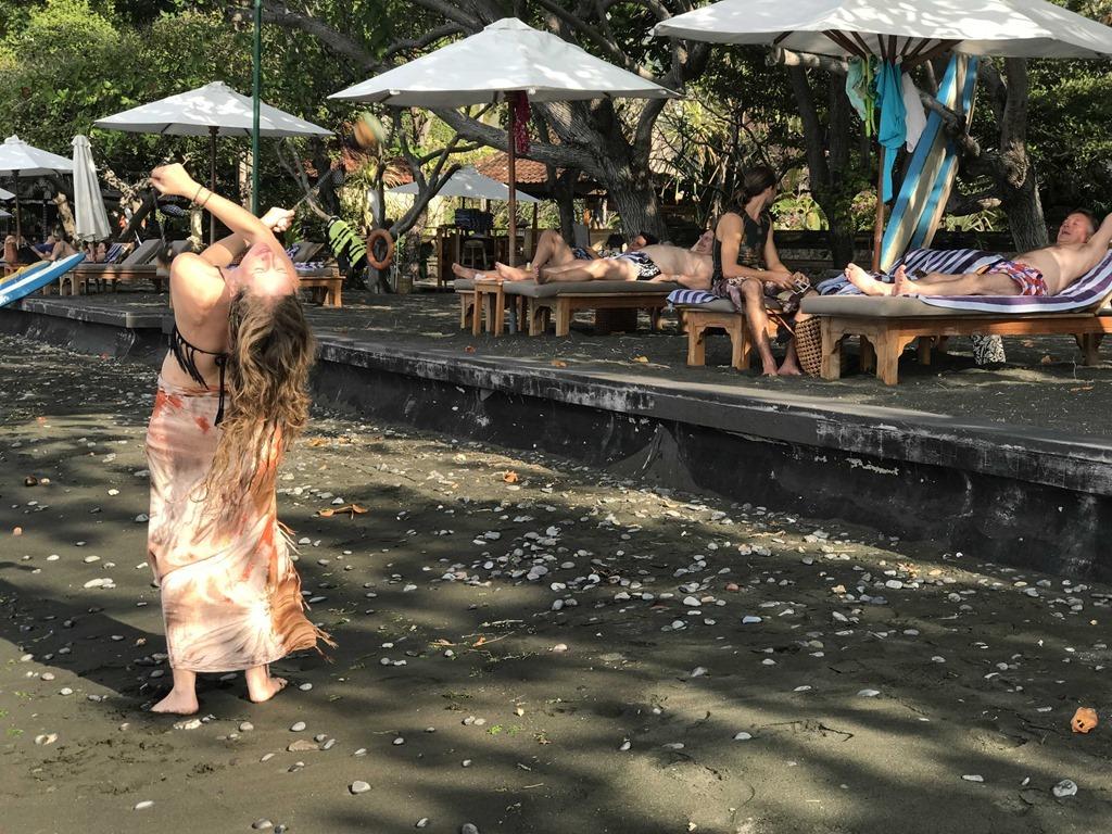 659b Matahari Beach Resort Poi (M)