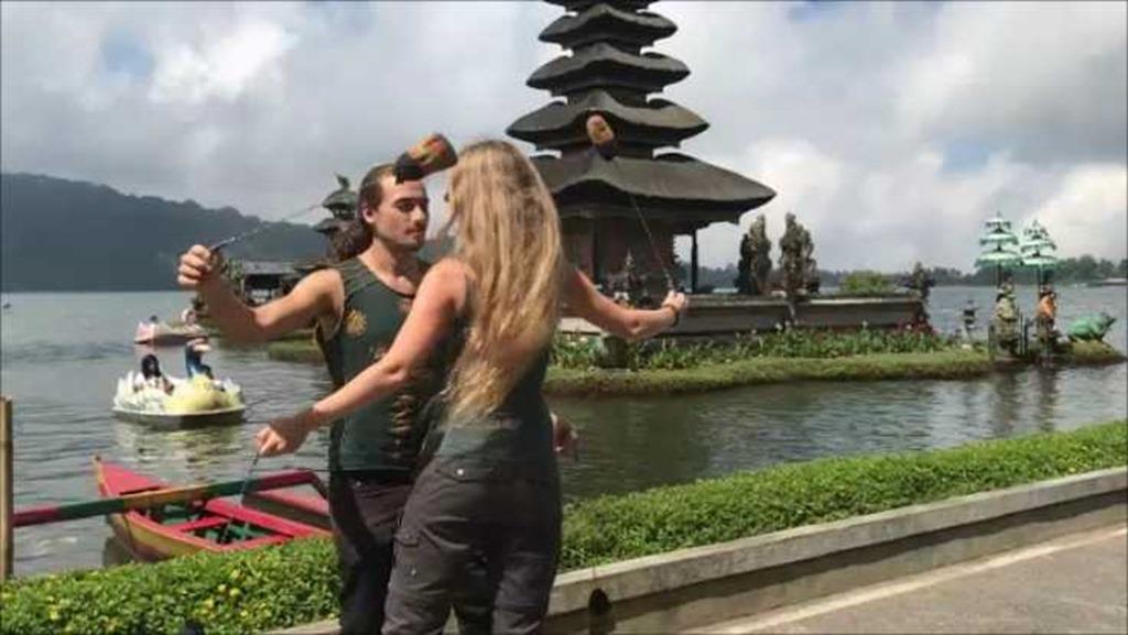 694b Fahrt ueber Bali Poi (2)